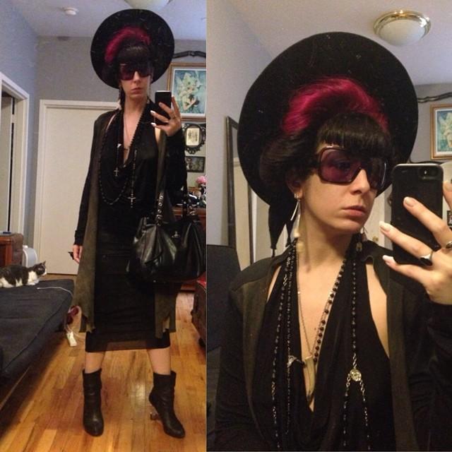 Haven't left my studio in days. Now off to a lunch meeting. #vintagehat, #reneemasoomian dress and #leathersweater, #alexandermcqueen sunglasses, #Viviennewestwood purse, #unitednude heels. #darkfashion #darkstyle #thisishowidobusiness