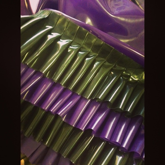 Some #latex ruffle detail brought to you by a custom #babyloveslatex piece we are working on. #latexfashion #latexfetish #latexdesigner #fashiondesigner