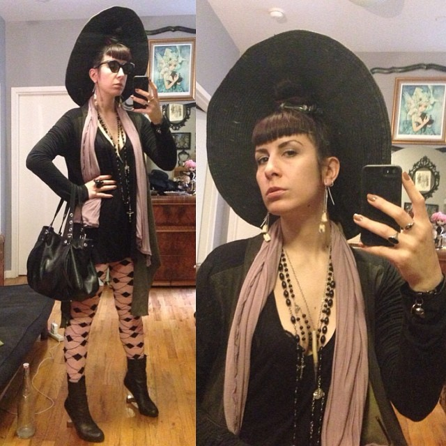 Off to meet up with @io_waters for some daytime fun. #sunhat, #reneemasoomian #leathersweater, #viviennewestwood sweater, purse, and stockings, #unitednude heels, #thierrymugler #vintagesunglasses. #darkfashion #darkstyle #nycfashion #nycstyle