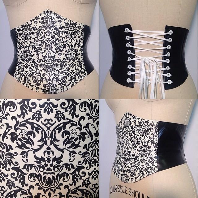Just added our #babyloveslatex short waist cincher to #reneemasoomian.com. #damask #darkfashion #damaskprint #darkstyle #nycfashiondesigner #latex #latexfetish #latexfashion #corset #cincher