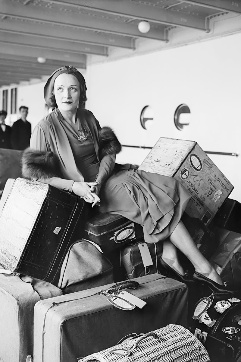 hedda-hopper :      April 23, 1931: Marlene Dietrich returns from Germany on the S.S. Bremen