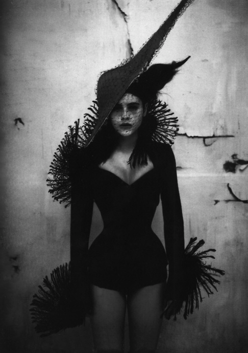 nu-thort :     A Taste Of Arsenic ~ styled by Isabella Blow for The Face 1997