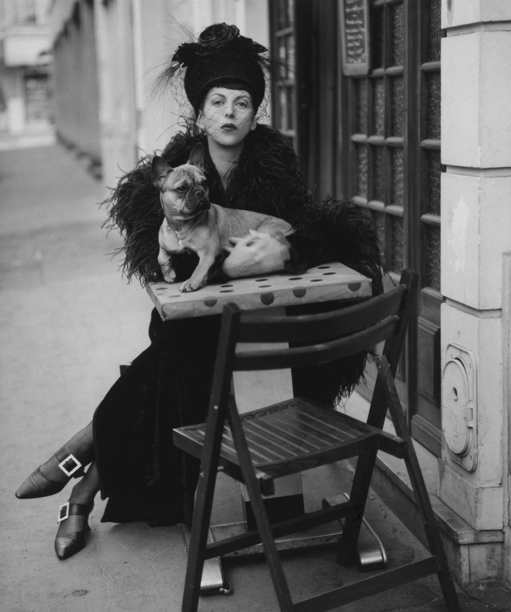 hautedeath: Isabella Blow photographed by Steven Meisel (1993).