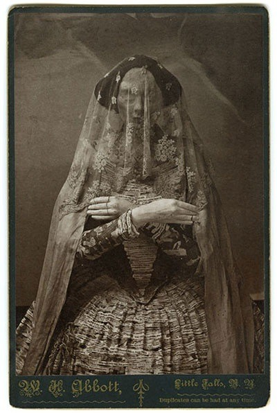 victoriana1313: Beautiful mourning photograph. Love the veil. Source: curiousmatters.wordpress.com