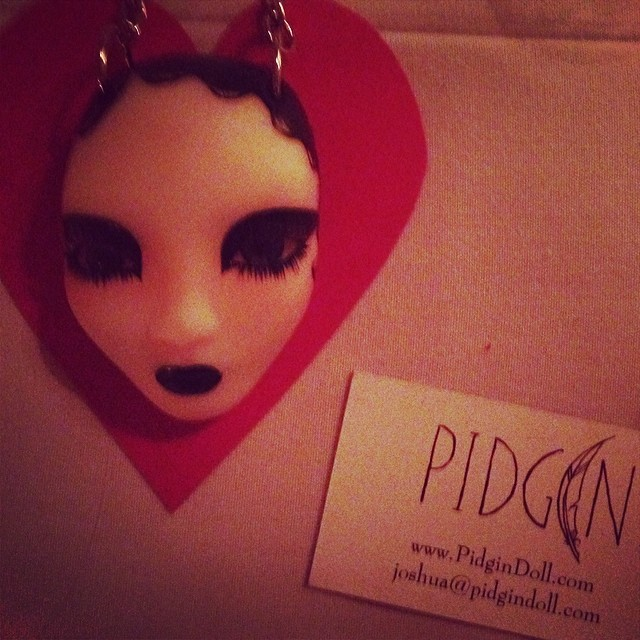 Be still my heart I think I found my valentines love. #pidgindolls @pidgindoll #dollhead #dollheadnecklace