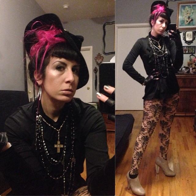 Heading out to celebrate @kayvonzand's birthday at #doriangray. Dressed in #vintagehat, #junyawantanabe top, and #unitednude heels. #darkstyle #darkfashion #nycnightlife #nycstyle #nycfashion #pinkhair #nofilter
