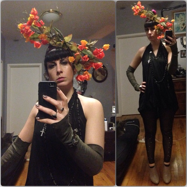 Some fall colors for #doriangray tonight. #reneemasoomian #headpiece, dress, gloves, and leggings. #unitednude shoes. #darkfashion #fashiongoth #nycfashion #nycnightlife
