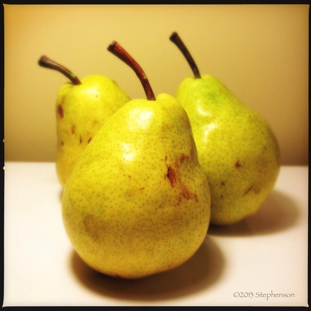 3-pears.JPG