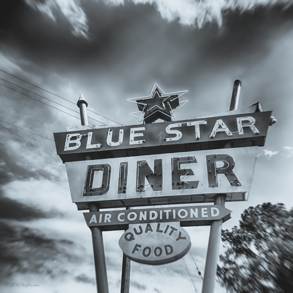 Blue Star Diner Sign closed.jpg