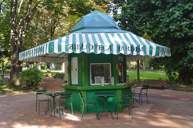tiny library! couldn't love this library pavilion in Jardim da Estrela more!