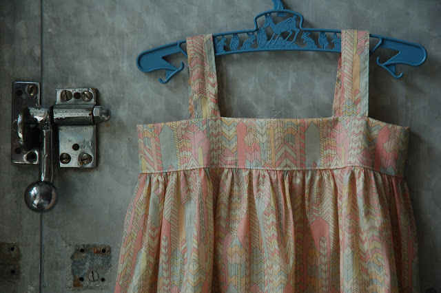 The dress I made for Frida Viola at  Marapytta's sewing school  :)
