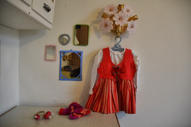 folklore dress from my childhood – maybe it will fit Molly for this Christmas…?