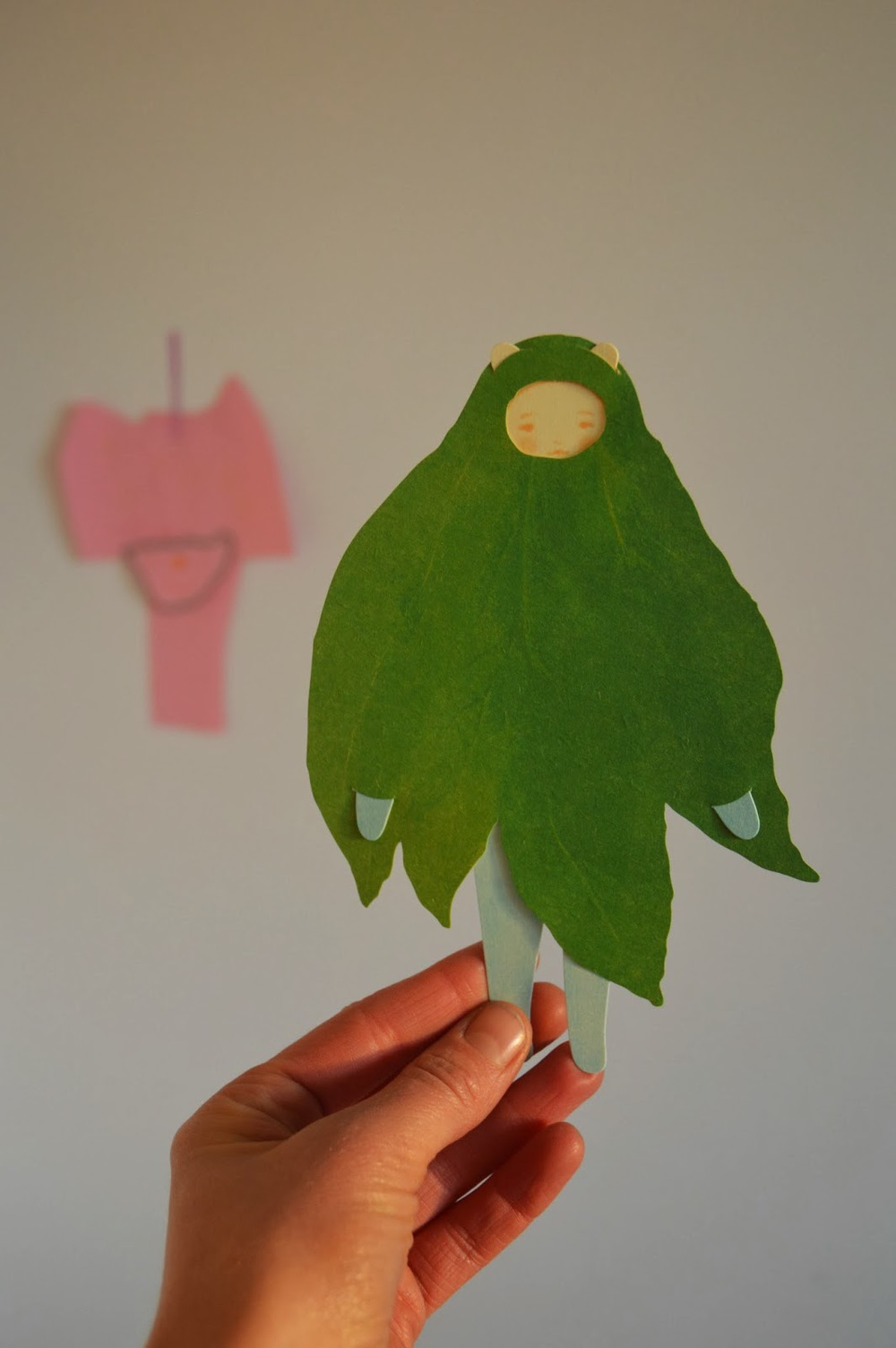 pretty little leaf card from ttable office