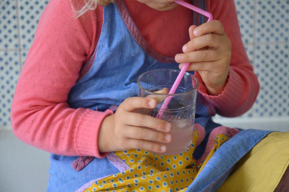 Bottled_rhubarb05.jpg