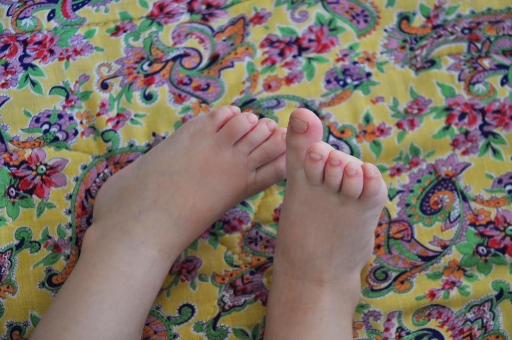 tiny feet.