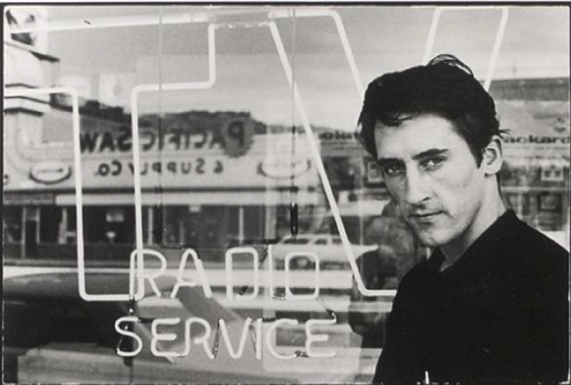 Ed Ruscha photographed by Denny Hopper