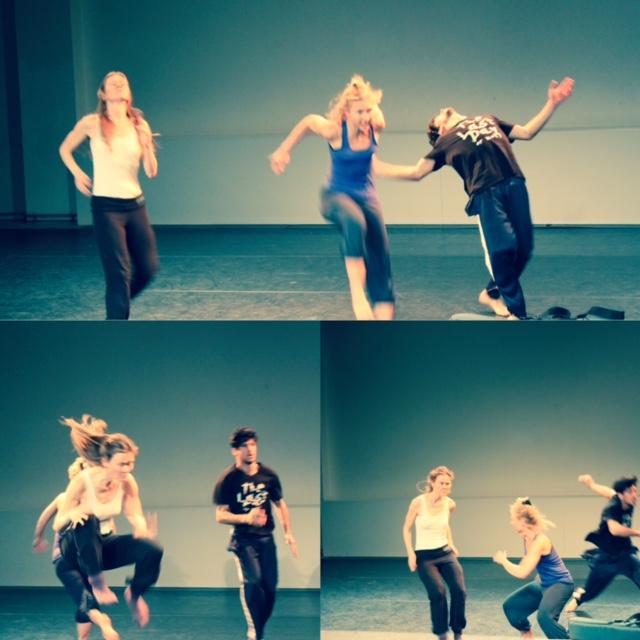 """BIESTLAB RIETWIJKER - is een creative trainingslab - playground voor nieuwsgierige dansers, bewegers en performers.WARM IT UPElke sessie wordt er (door een gast) een andere warming up gegeven, van body weather, martial arts, partnerwerk HIIT tot vloerwerk.RESEARCHNa de warming up is het tijd voor """"the creative mind and body"""". Het improvisatie gedeelte wordt rond een thema of een vraag opgebouwd die per sessie verschilt bijvoorbeeld:Story telling body of interact with live musicSAVE THE DATE(S)22 MEI 29 MEI 05 JUNI 12 JUNI 19 JUNI 26 JUNI"""