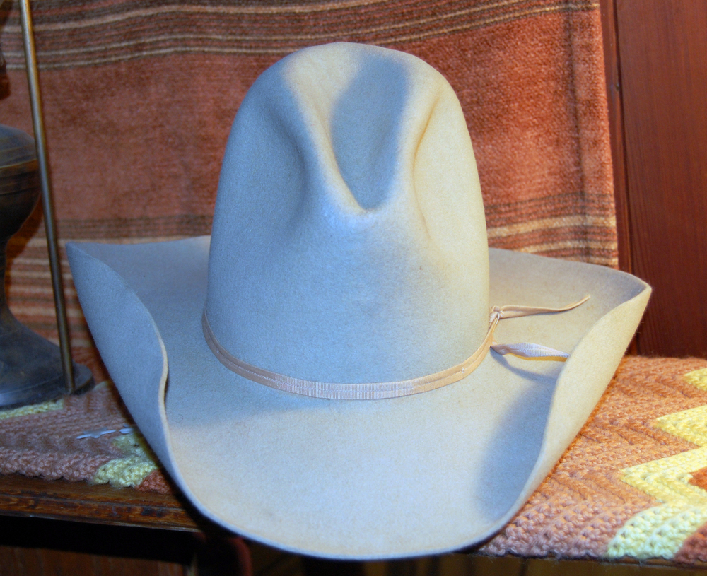 Wear the white hat when you're on social media. Image in the Creative Commons.