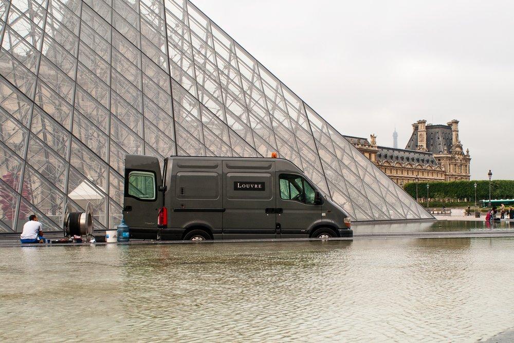 La Louvre en Panne