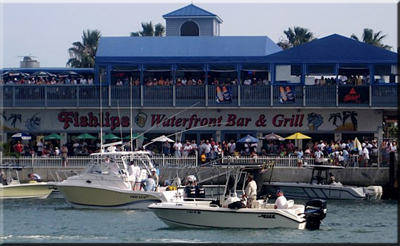 Fishlips Bar & Grill - Cocoa Beach, FL