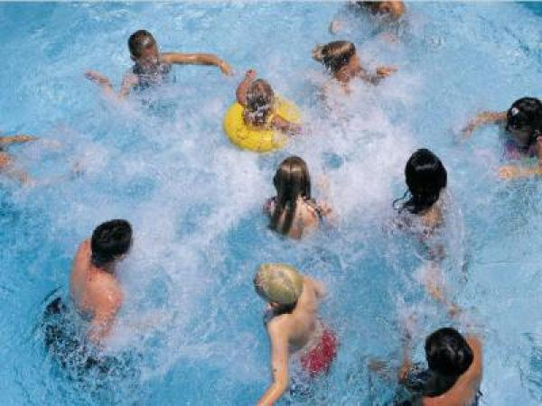 Top 5 Swimming Pool Games For The Summer Cornholeonwater