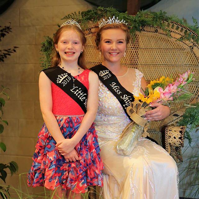 Congrats to 2018 Little Miss Ella Line, and 2018 Fair Queen Sophia Wall! 👸👑 #shipfair #shipfairqueen Photo by @maryeutzy