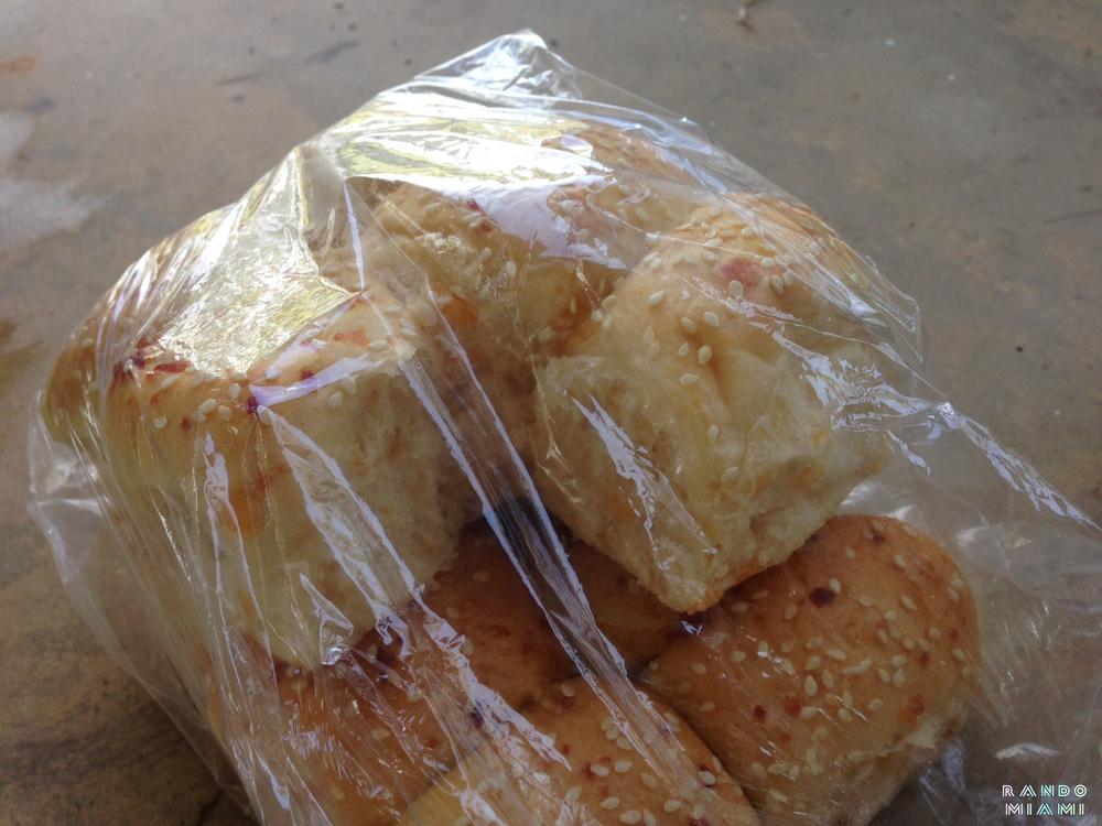 Cheese bread rolls