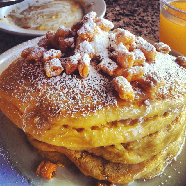 Eating House:Cap'n Crunch Pancakes Photo courtesy of: Kristy Garcia via Pinterest