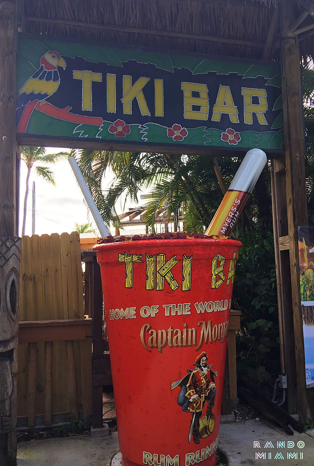 Postcard Inn Tiki Bar