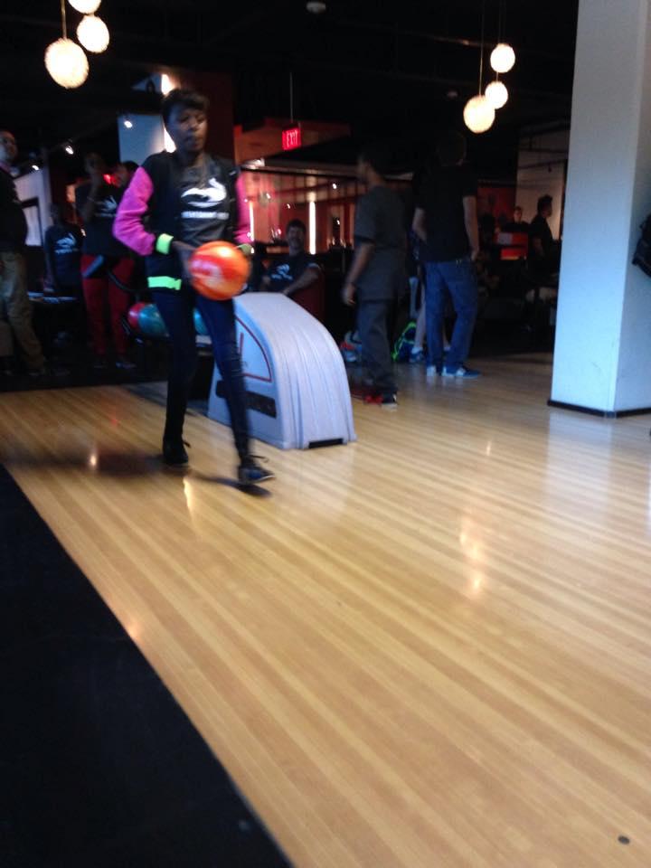 Ari : Bowling.jpg