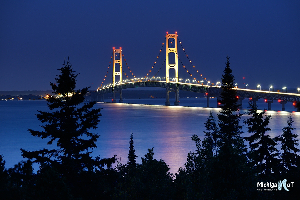 Mackinac Bridge Night shot from Straits State Park.jpg
