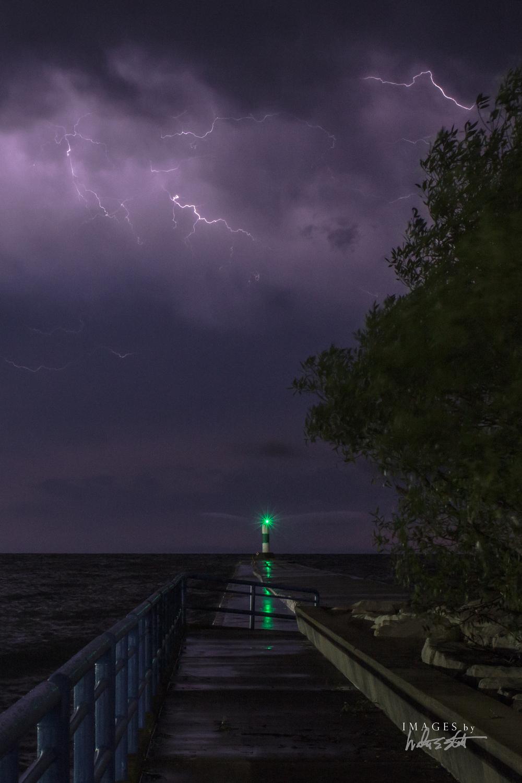 lightning 5695.jpg