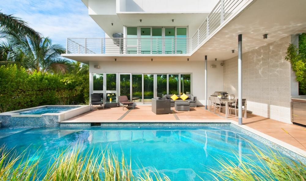 south-beach-mansion-home-miami-beach.jpg