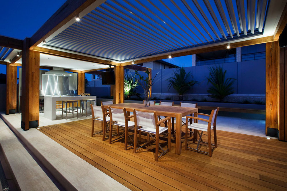 Backyard-With-Teak-Decking_2.jpg