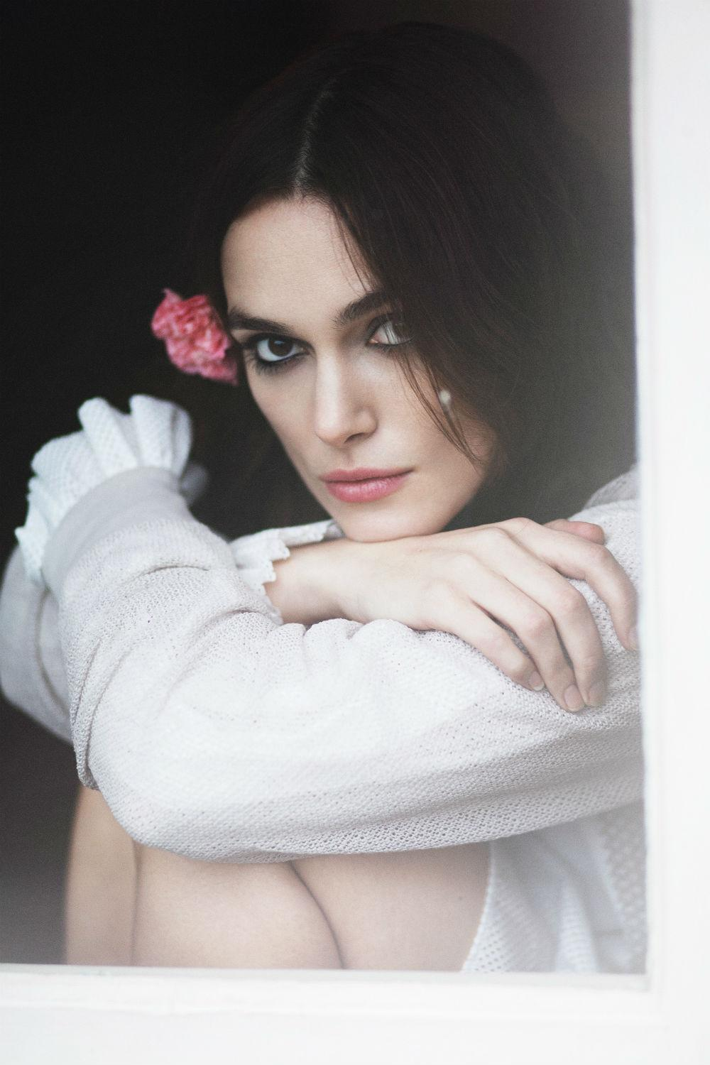 keira-knightley-by-emily-hope-for-rika-spring-L-izVkJp.jpeg