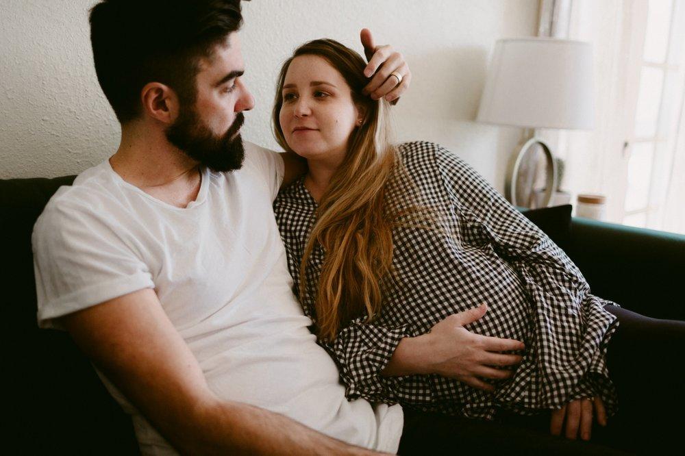 Dreamtownco.com_blog_Mikey&Cari_Maternity_0011.jpg