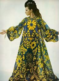 kaftan and draperies