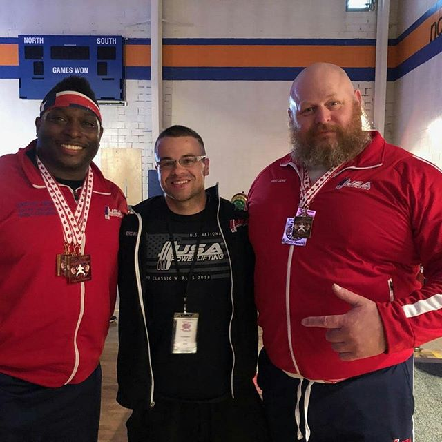 Awesome first full day in Calgary.  Jamey (@pbrsdirty30) put together a 12.5kg PR Total with a Gold Medal Deadlift and Silver overall.  Got to see a little bit of the city afterwards, looking forward to exploring more this week.  Also congratulations to Jaisyn (@mr.athletic_over_everything) on the WR Squat, Bench, and Total.  Great to see it come together for you.