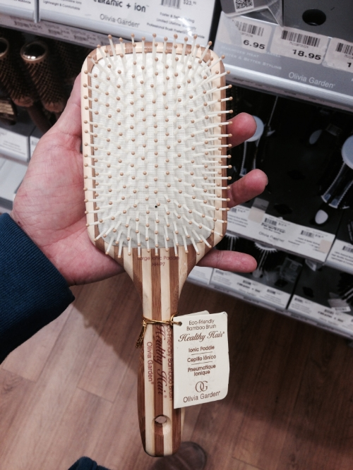 I 've been happy with any sort of wooden paddle brush. This one is Olivia Garden, Ionic paddle