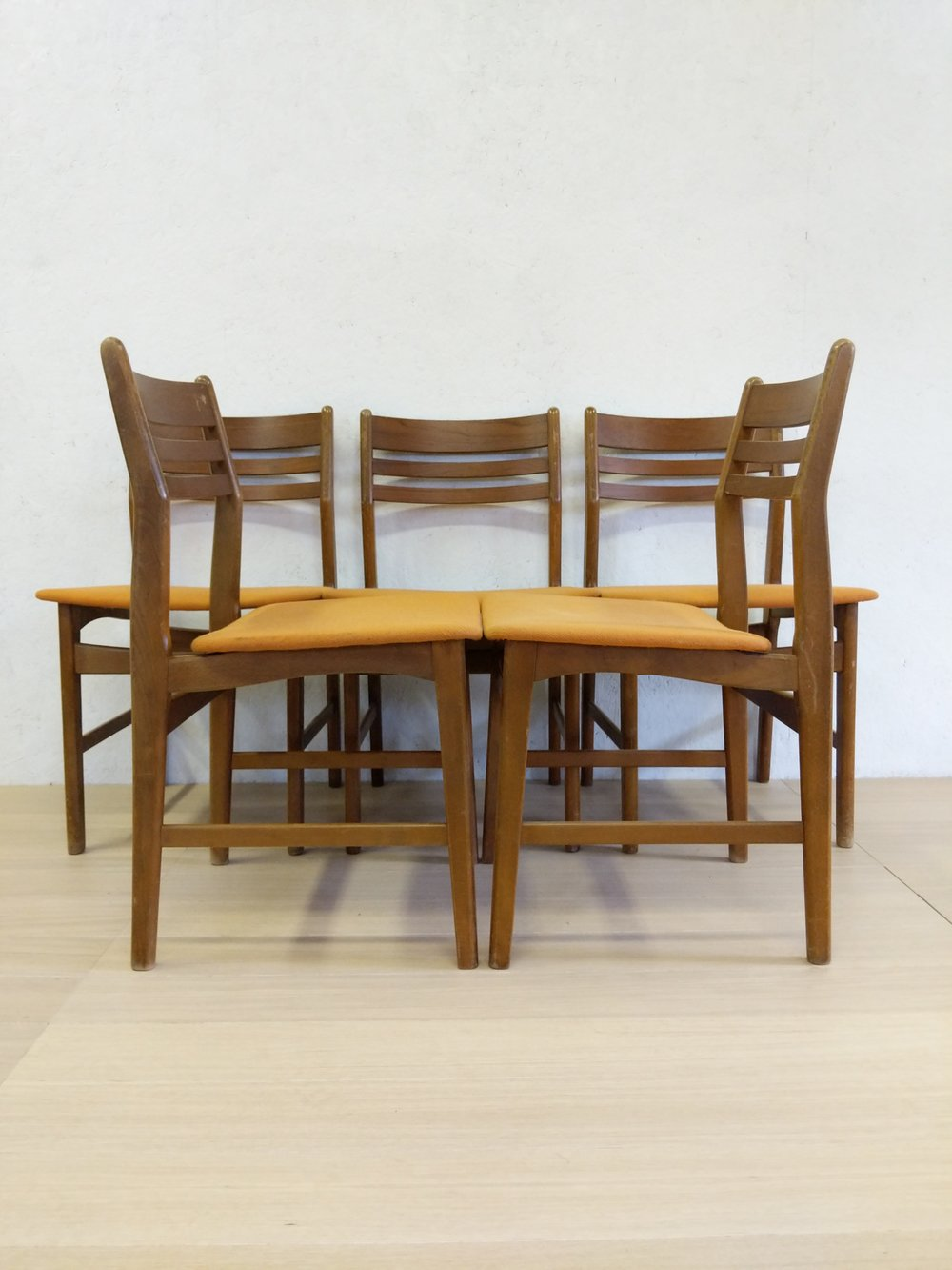 Set Of 5 Vintage Danish Modern Boltinge Dining Chairs