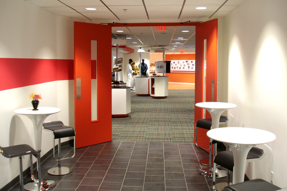 Dupont_office_lounge_design_1.jpg