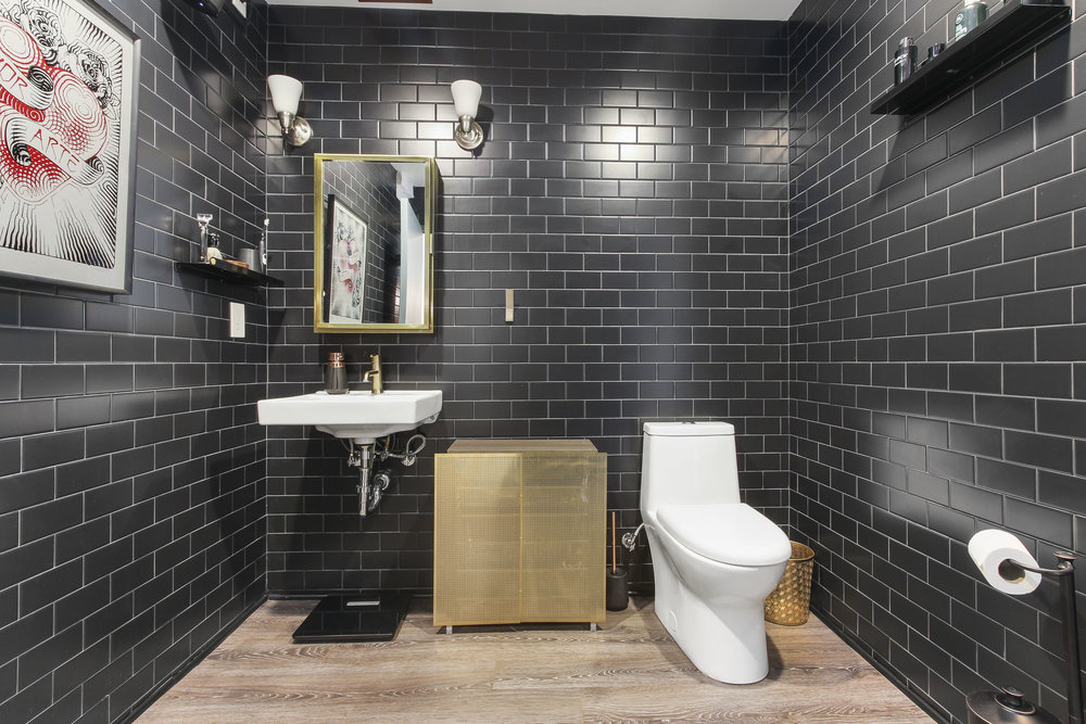 Black Tile Bathroom Design.jpg