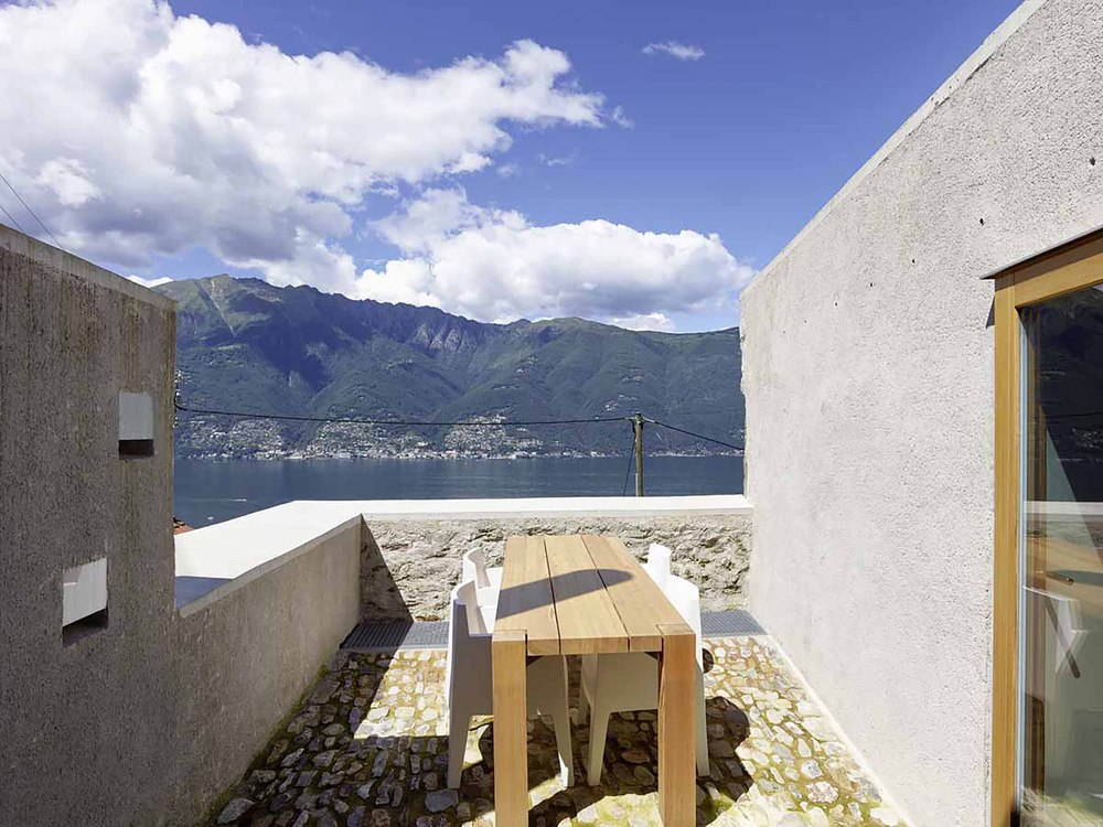 543dd59ec07a802a69000255_stone-house-transformation-in-scaiano-wespi-de-meuron-romeo-architects_1430_cf029918.jpg