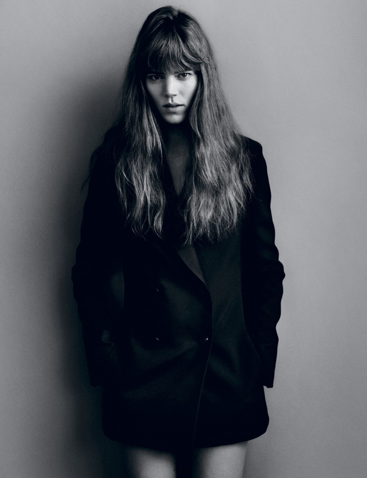 freja-beha-erichsen-by-alasdair-mclellan-for-i-d-magazine-summer-2015-7.jpg