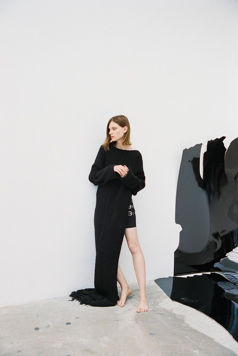 hart_leshkina-maria-loks-wallpaper-magazine-13.jpg