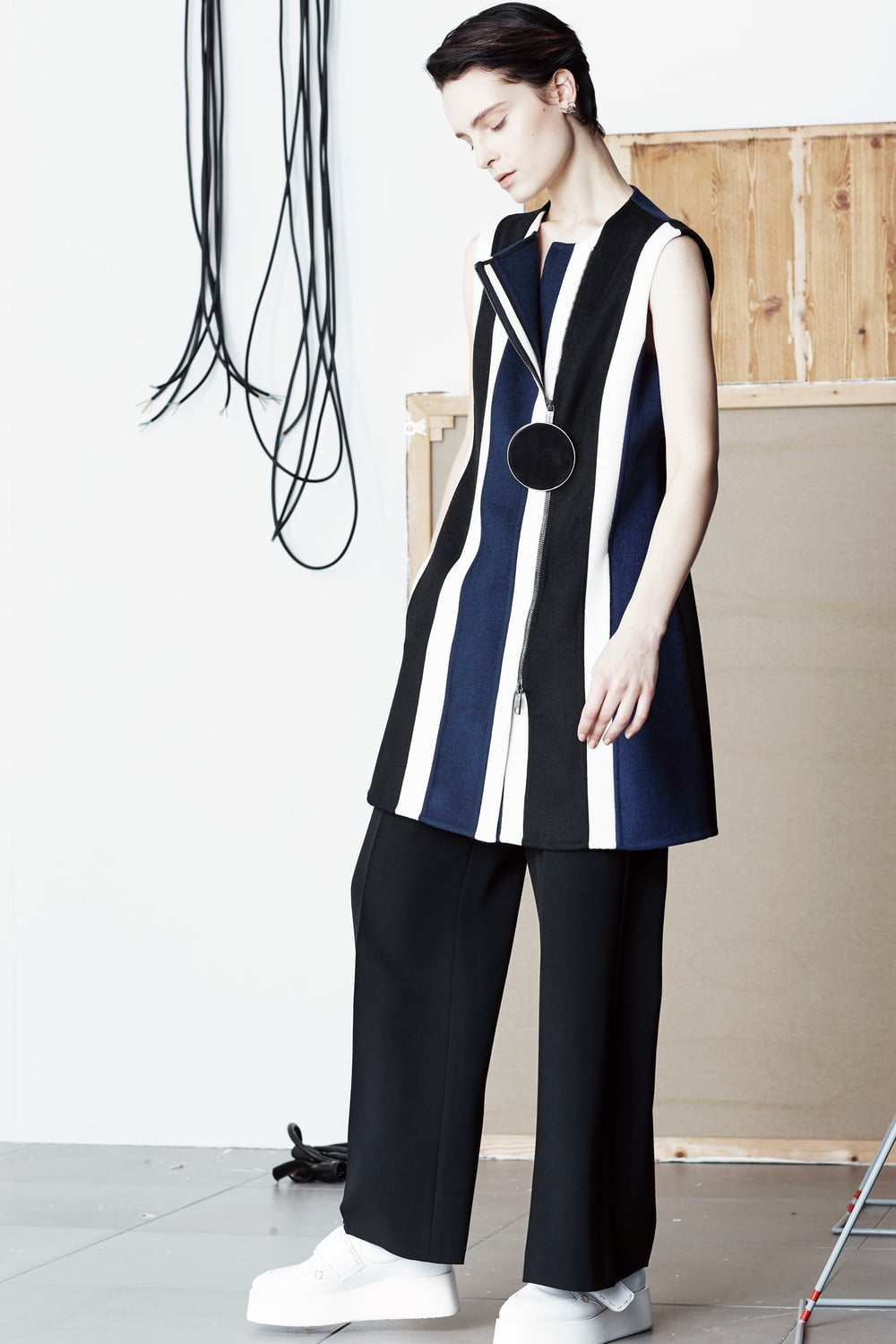 sportmax-pre-fall-2016-lookbook-03.jpg