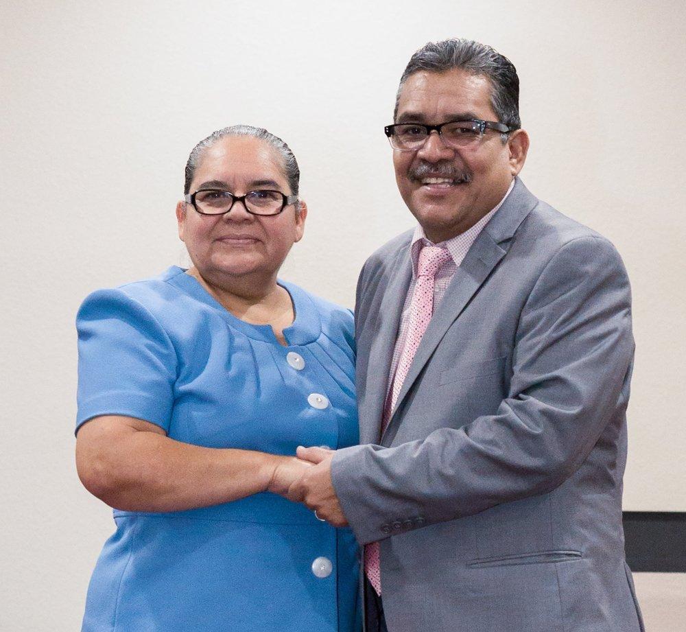 Pastores Mario y Vilma Porras -