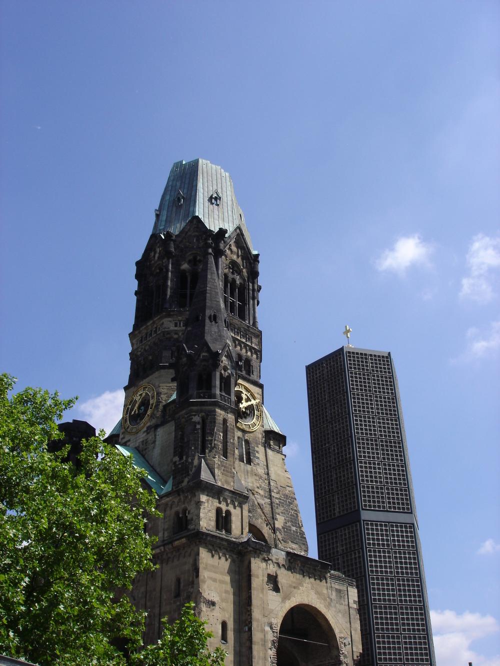 Berlin ruined church.jpg
