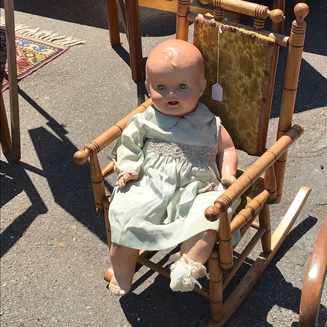 Dolls of the antique fair