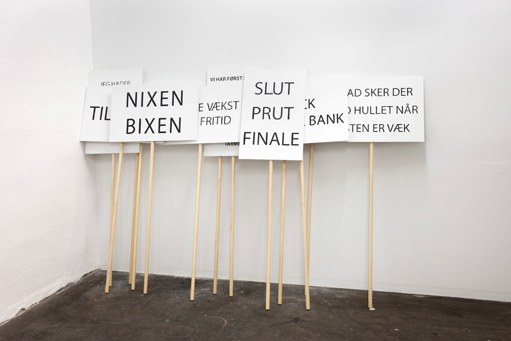 Lanx Satura, Signs,    2013   Mdf, wood, acrylic   140 x 60 cm each